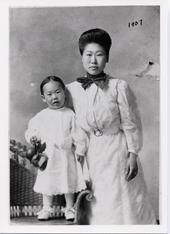 1907 - Helen Ahn and son Philip in Riverside. Dosan had gone back to Korea for the Shinminhoe.